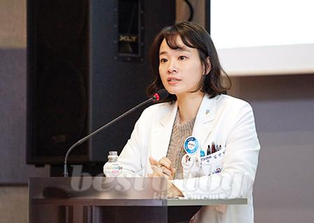중앙대학교 의과대학 정신의학과 김선미 교수는 우울증 치료를 위해 산모는 물론 가족들의 적극적인 관심과 인식 변화가 필요하다는 점을 강조했다.