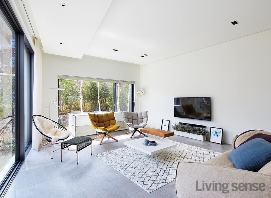 봄볕 가득한 집 - 리빙센스:HOUSING