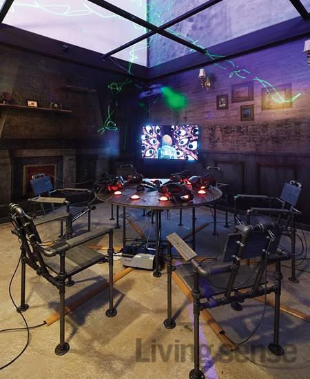 다양한 게임을 즐길 수 있는 VR 테이블.