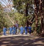 이야스콜라에서는 아이들이 자연 속에서 스스로 터득할 수 있도록 자연 친화적인 교육을 하고 있다.